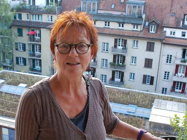 Viele Einwohnerinnen und Einwohner Berns wünschen sich, im gewohnten Quartier alt zu werden. Organisierte Nachbarschaft kann dazu einen Beitrag leisten. Gemeinsam mit anderen Beteiligten unterstützt der Seniorinnen und Seniorenrat das Pilotprojekt.